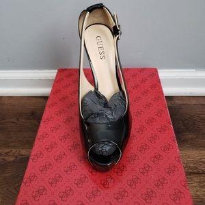 Guess pep-toe heels!